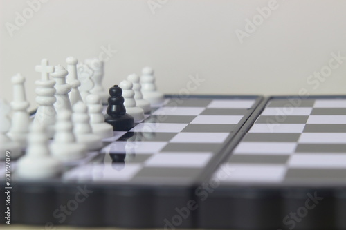 Photo Simple Photo illustration for War, battle or politic situation concept, betrayer