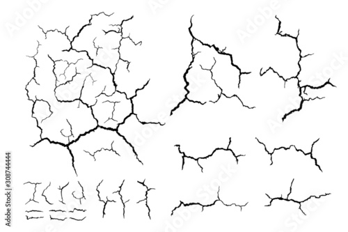 Fotografía lots lines of crack ground for abstract background on white background