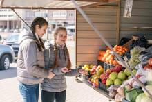 Girlfriends Buy Fresh Fruits I...