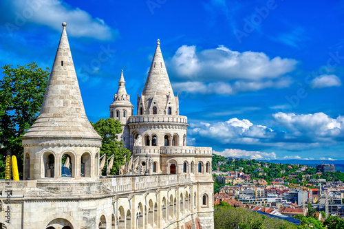 Photo Fisherman's Bastion, located in the Buda Castle complex, in Budapest, Hungary
