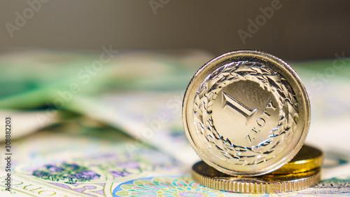 Fototapeta Close up polish zloty banknotes and coins obraz