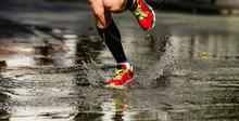 Feet Runner Athlete Run Puddle...