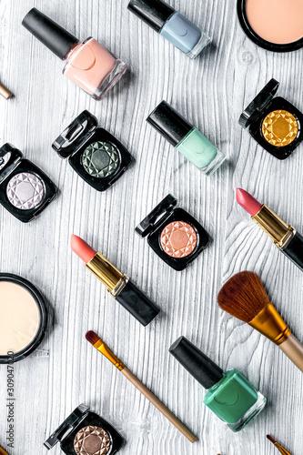 Fotografie, Obraz  decorative cosmetics pattern on gray background top view