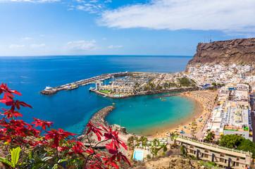Panel Szklany Optyczne powiększenie Landscape with Puerto de Mogan, Gran Canaria island, Spain