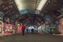 Graffiti Nel Tunnel Di Londra
