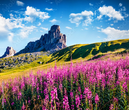 Gorgeous summer view of Ra Gusela peak, Averau - Nuvolau group Canvas Print