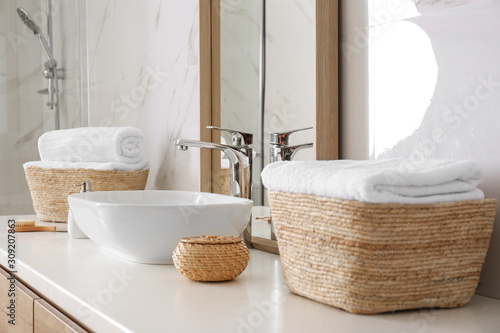 Cuadros en Lienzo Large mirror and vessel sink in bathroom