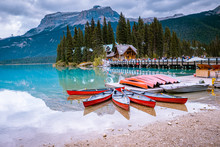 Emerald Lake Yoho National Par...