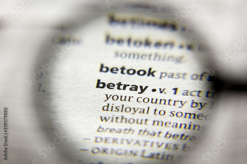 The word or phrase Betray in a dictionary. Fototapet