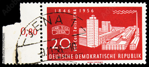 Valokuva Postage stamp printed in Germany shows Zeiss-Werke, Jena, Carl Zeiss Company ser