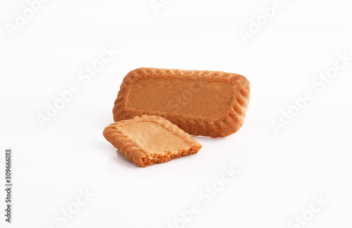Obraz na płótnie caramel biscuits on white background