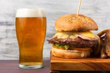 Hamburguesa Con Cerveza
