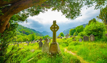 Old Irish Celtic Cemetery In G...