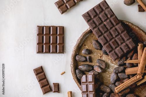 Fototapeta Dark chocolate with cocoa obraz