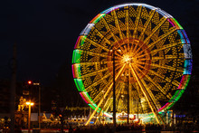 07.12.2019 Dresden. Christmas Market In Dresden. A View Of The Ferris Wheel With A Long Exposure. Beautifully Frozen Wheel Movement.