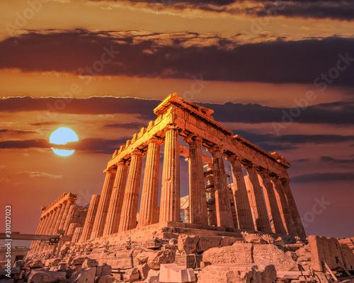 Parthenon ancient temple facade under dramatic fiery sky, Athens acropolis Greece Fototapete