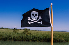Black Pirate Flag With Skull And Crossbones