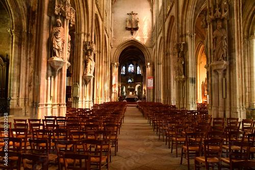 Vászonkép  Vernon, France - july 27 2018 : gothic collegiate church