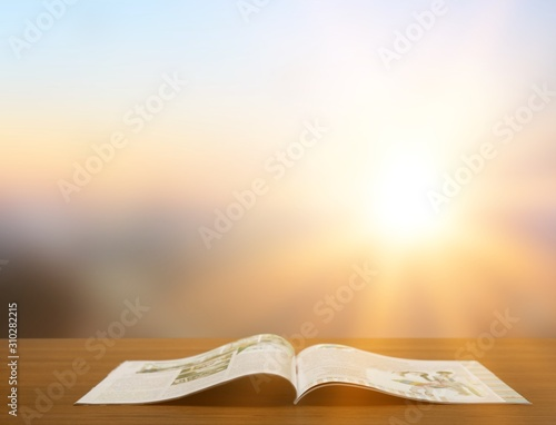 Tela  Holy Bible  book on a wooden background