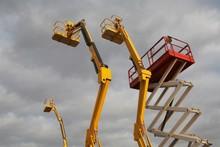 Hydraulic Lift Machines