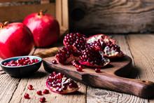 Fresh Ripe Whole Pomegranates,...