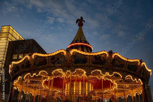 Carousel at sunset Fototapet
