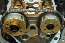 Auto Engine Repair. Timing Cha...