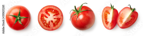 Foto Fresh whole, half and sliced red tomato