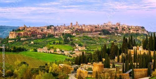 Obraz na plátne Ancient hilltop town Orvieto, Umbria, Italy