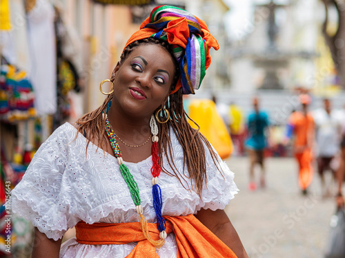 Photo Happy Brazilian Woman of African Descent Dressed in Traditional Baiana Costumes