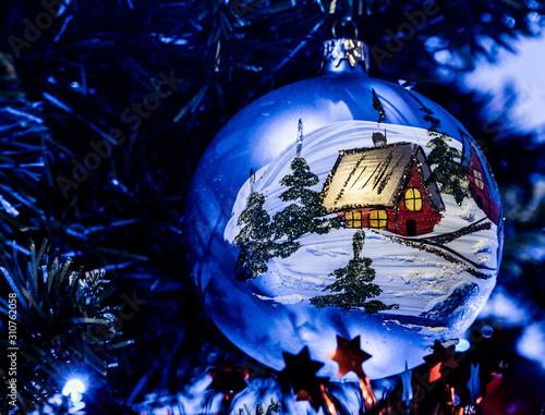 Obraz Bombka świąteczna, ręcznie malowana, handmade, na choinkę, Boże Narodzenie - fototapety do salonu