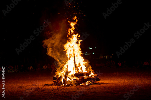 Obraz fire camp on scout camping in Thailand on night  - fototapety do salonu