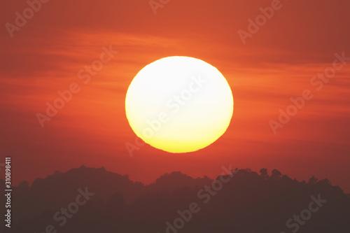 Obraz Big sun with sunset time.        - fototapety do salonu