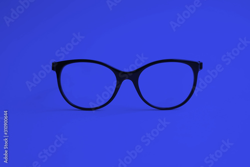 Billede på lærred Modern fashionable acetate spectacles. Classic blue