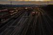 Güterbahnhof Lok Lokomotive Gleise Züge Schienen Transport Bahn Waggons Abendstimmung Sonnenuntergang Hagen Vorhalle