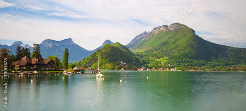 Photo Annecy lake in the french alps