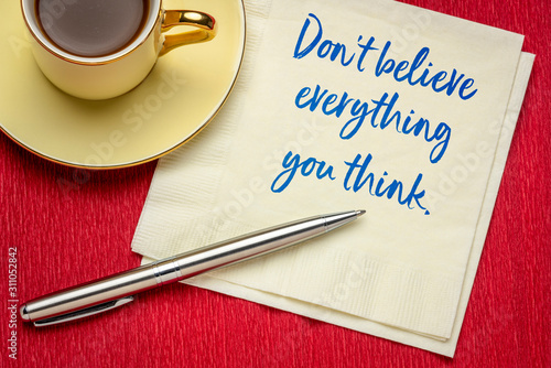 Do not believe everything you think Canvas-taulu