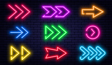 Set Of Glowing Neon Arrows. Gl...