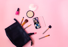 Make-up Bag With Cosmetic Beau...