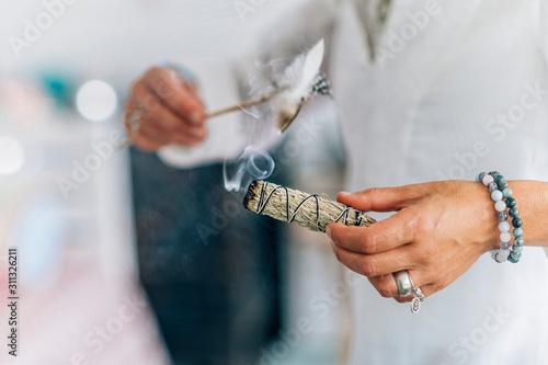 Leinwand Poster Smudging - Dried Sage Bundle Close up
