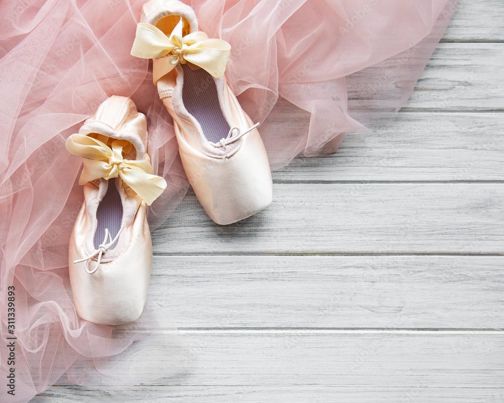 Fototapeta Pointe ballet shoes