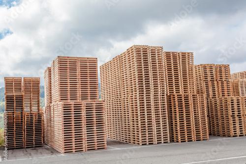Fotografia empilement de palettes de bois
