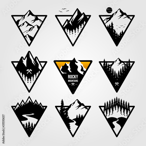 Fotomural set of vintage mountain triangle logo view landscape outdoor adventure vector il