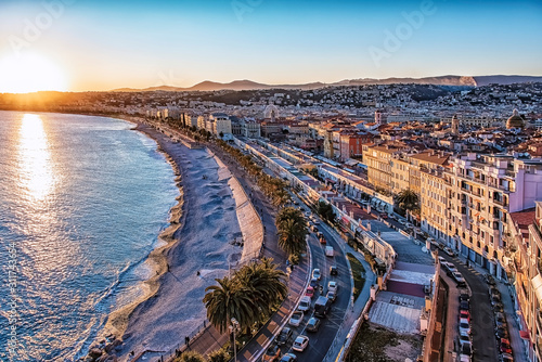 Fotografía City of Nice at sunset on the French Riviera