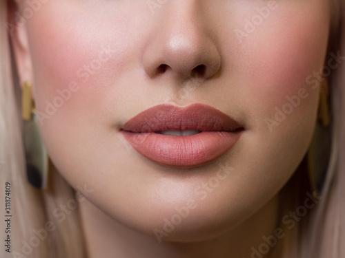 Valokuvatapetti Sexual full lips