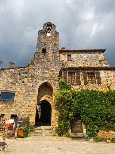 Tarn et Garonne, village de Bruniquel