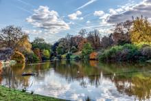 Parc Montsouris Lake In Autumn...