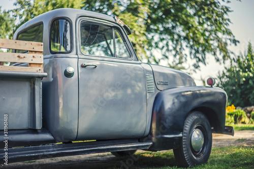 Stary samochód - 311961488