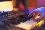 Produce electronic music in studio and playing on midi keyboard by hand