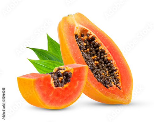 Fotomural Piece of ripe papaya fruit with seeds isolated on white